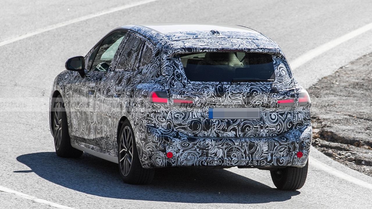 BMW Serie 2 Active Tourer 2022 - foto espía posterior