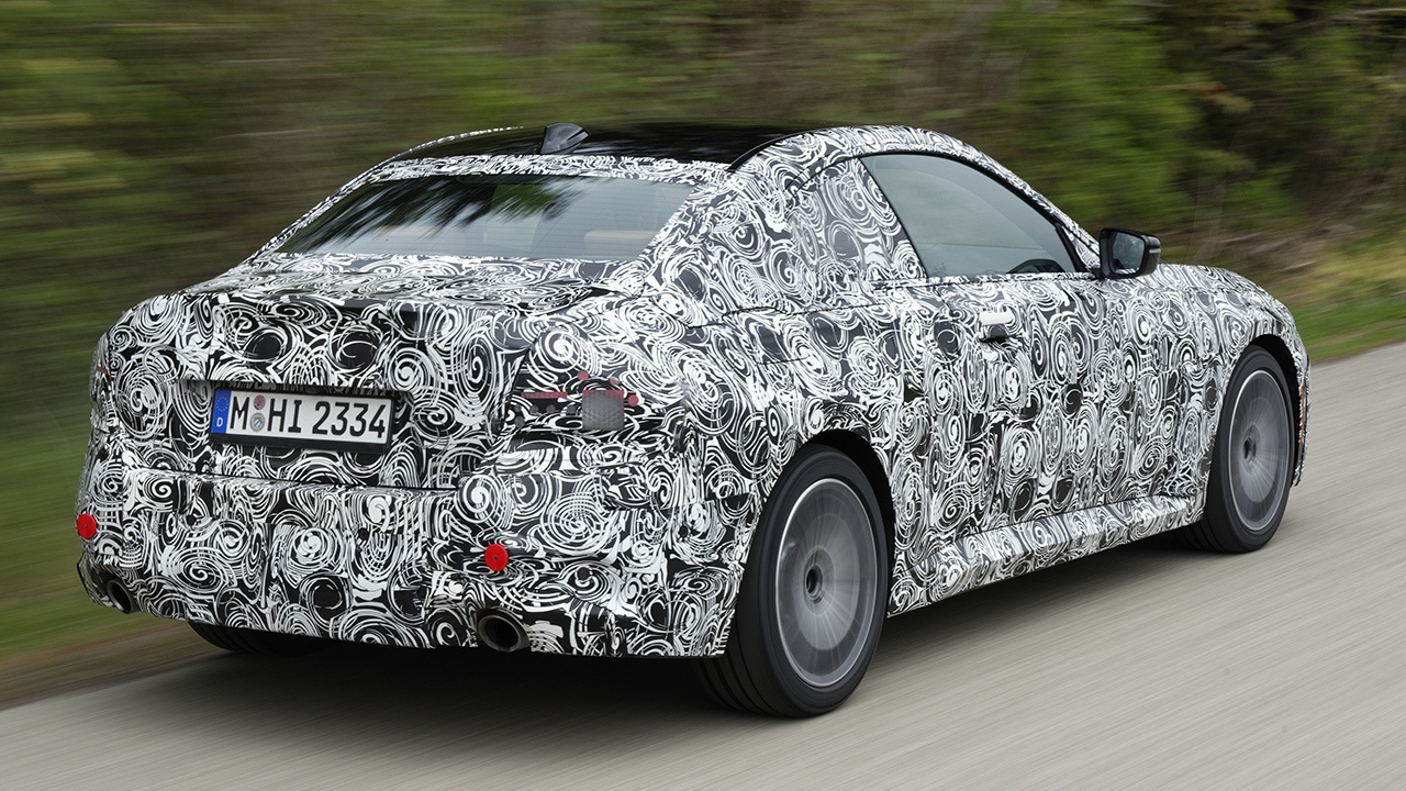 BMW Serie 2 Coupé 2022 - foto espía posterior