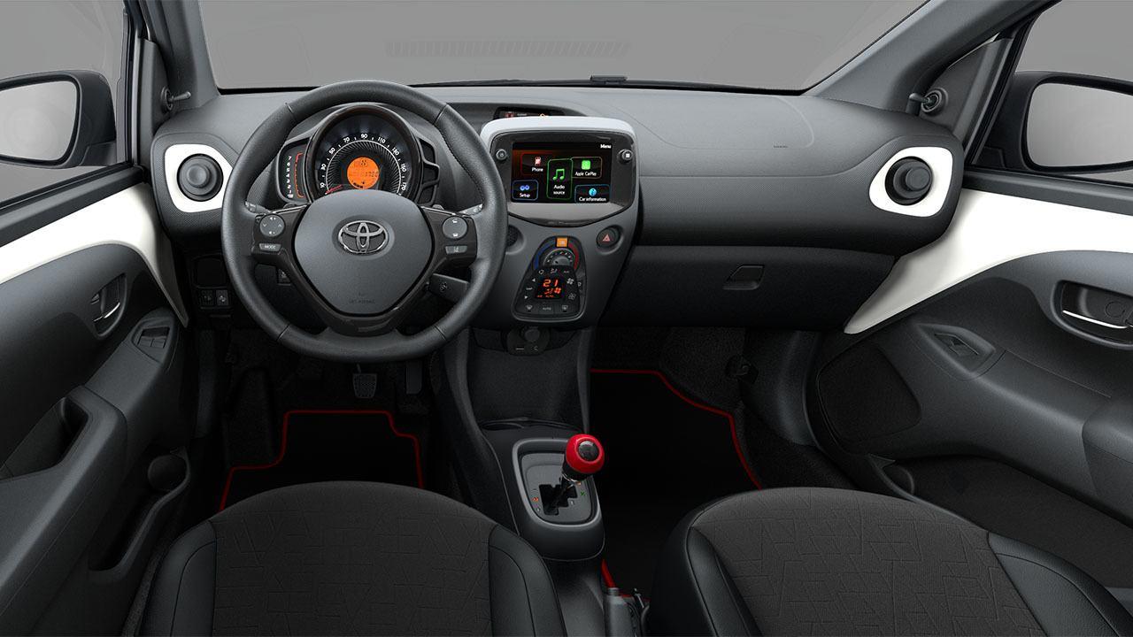 Toyota Aygo 2021 - interior