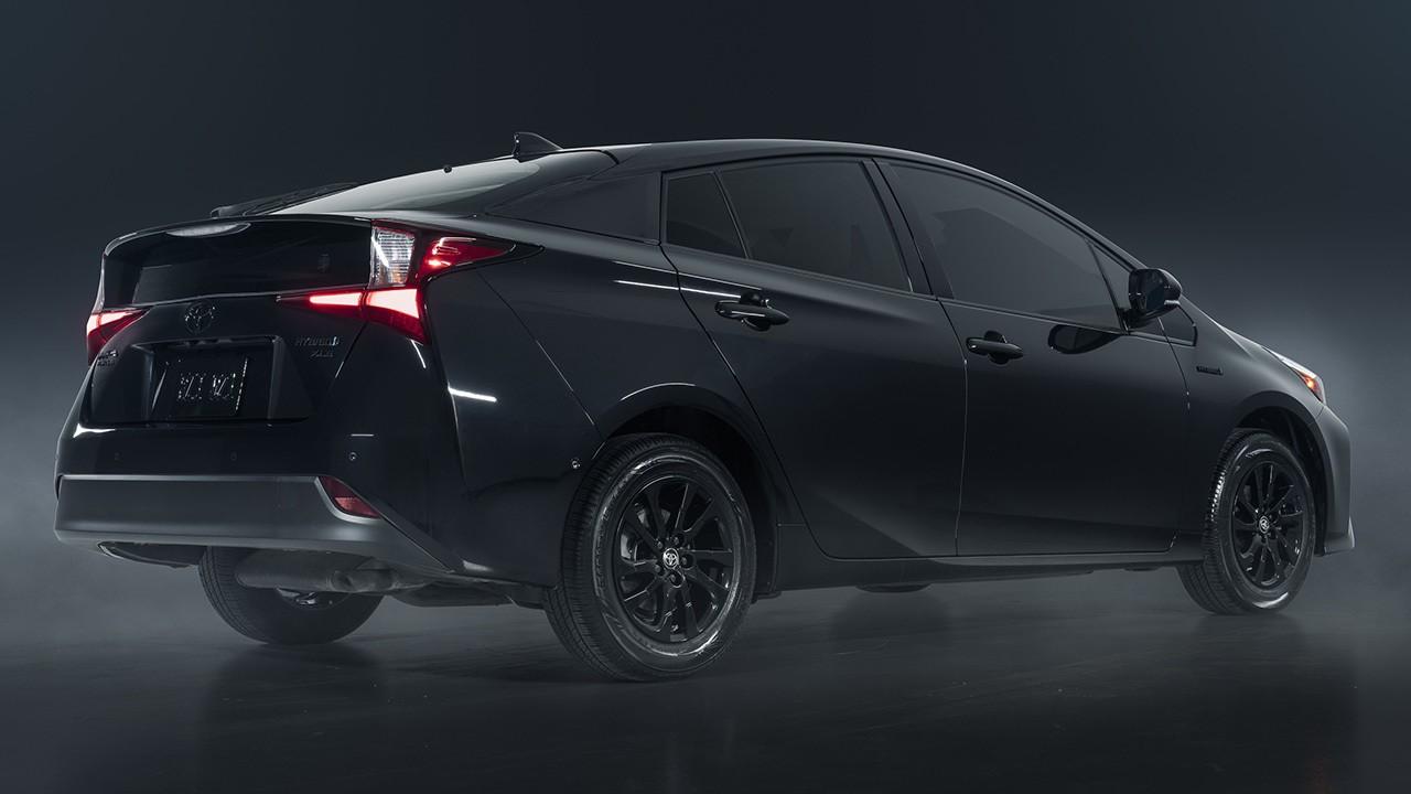 Toyota Prius Nightshade Edition - posterior