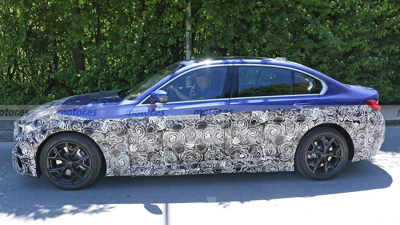 BMW Serie 3 EV - foto espía lateral