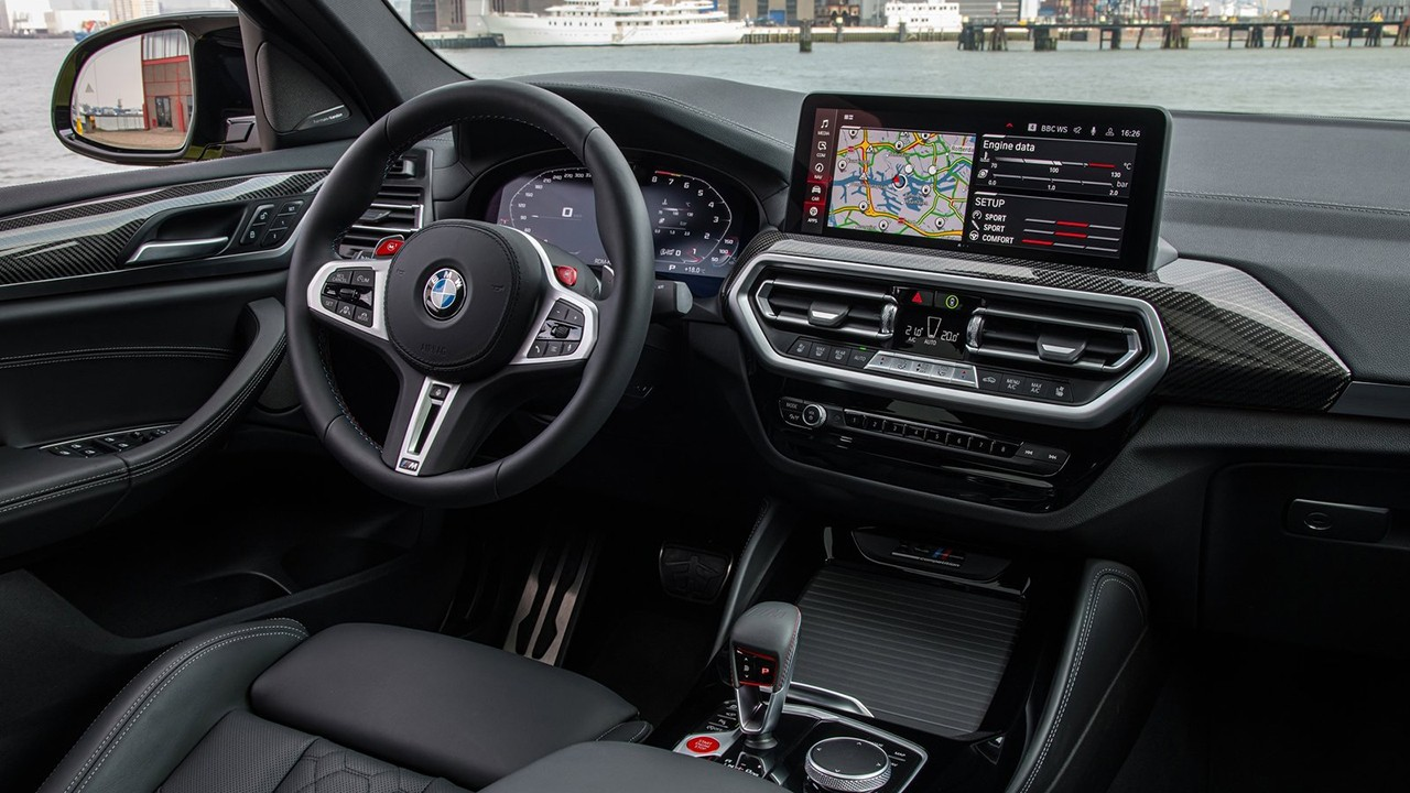 BMW X4 M 2022 - interior
