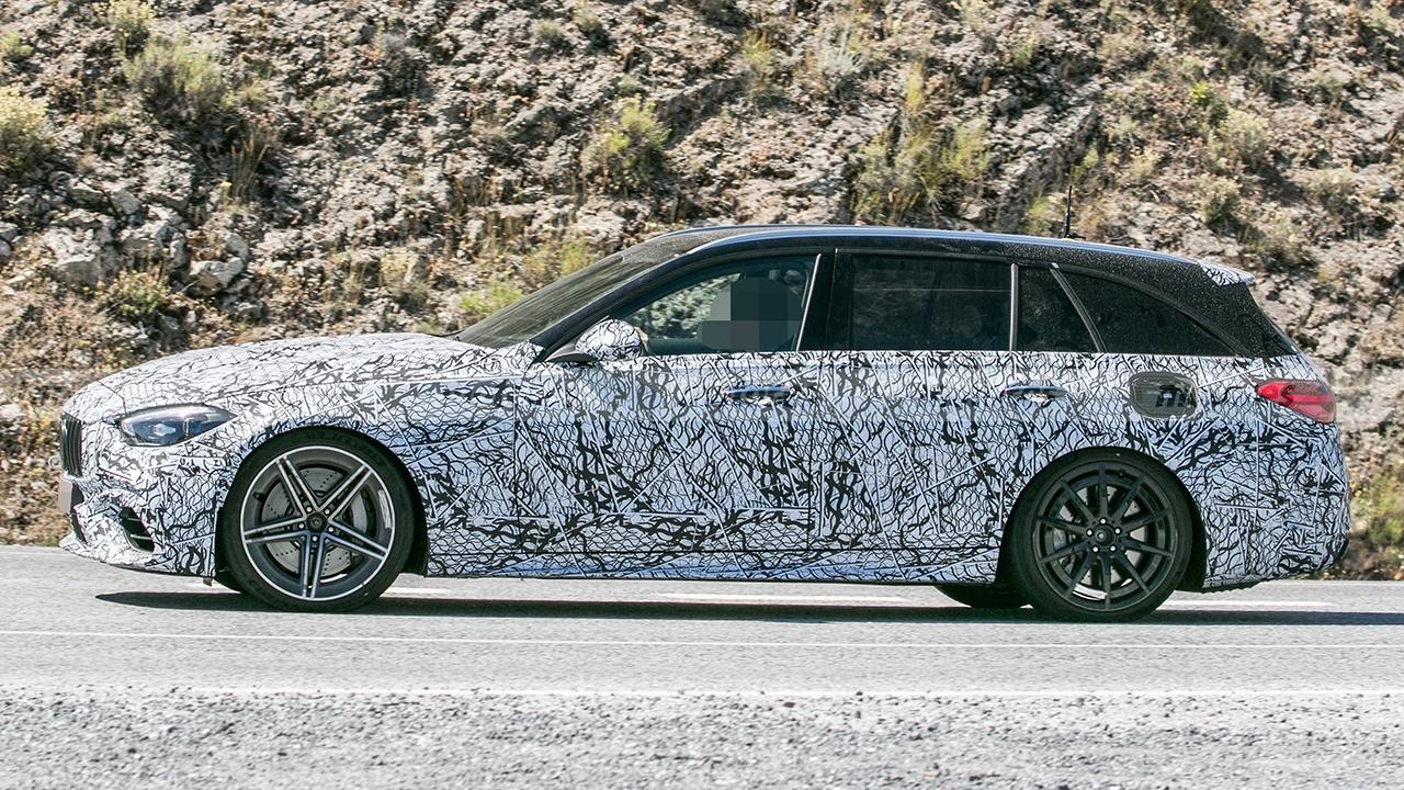 Mercedes-AMG C 63 e Estate 2022 - foto espía lateral