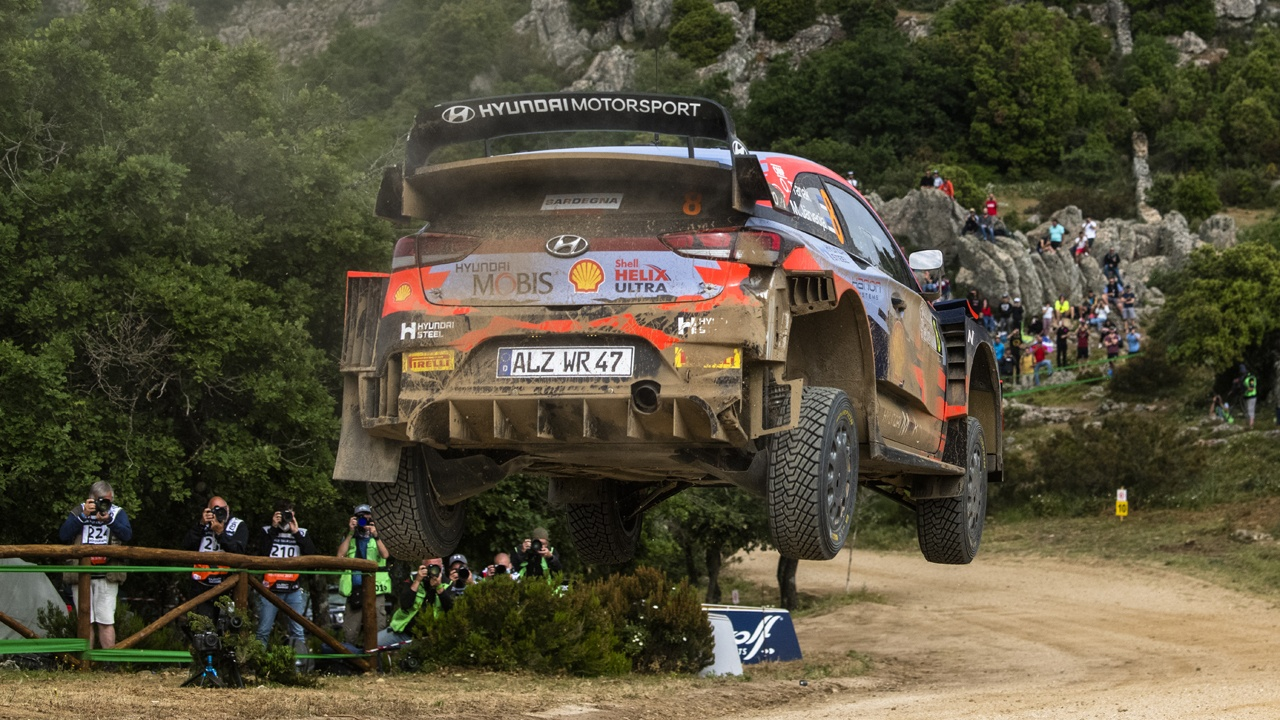 Neuville, Tänak y Sordo buscarán el triunfo por Hyundai en el Safari Rally