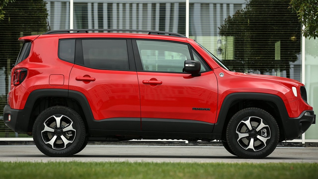 Jeep Renegade 4xe - lateral