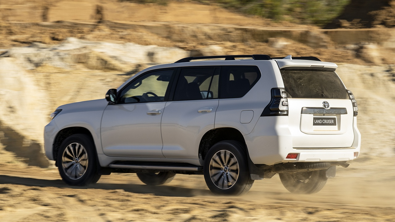 Toyota Land Cruiser 2021 - posterior