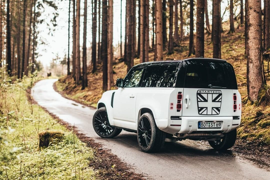 Foto Startech Land Rover Defender 90 - exterior