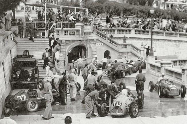La curva Tabac, instantes después de producirse la montonera del Gran Premio de Mónaco