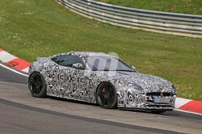 Jaguar F-Type 2017 - foto espía