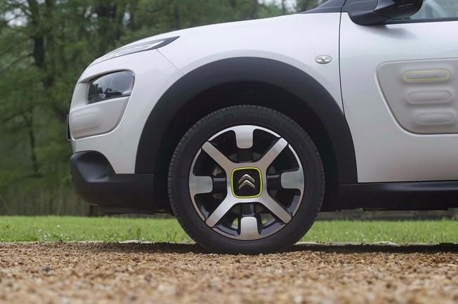 La nueva suspensión de Citroën con topes hidráulicos