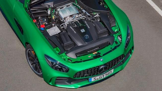 Mercedes-AMG GT R - motor
