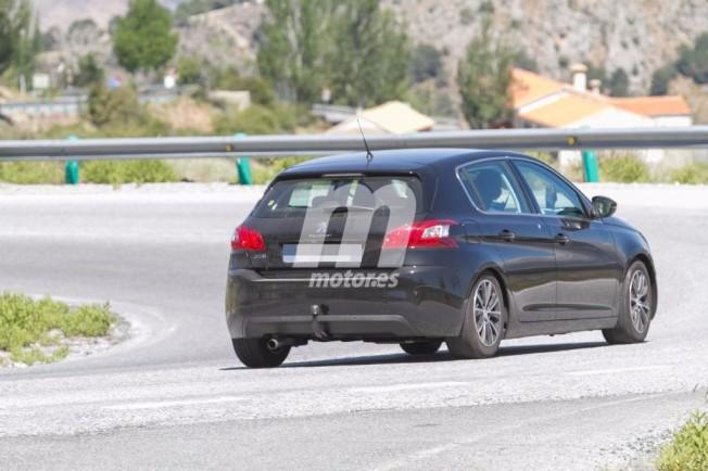 Peugeot 308 2017 - foto espía