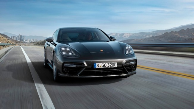 Porsche Panamera Turbo 2017