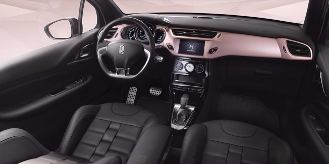 DS 3 GIVENCHY Le MakeUp - interior