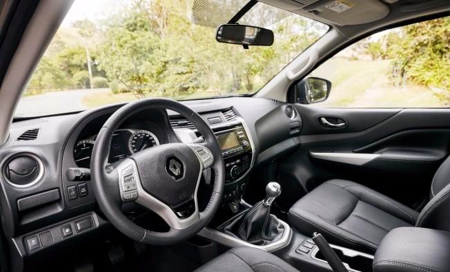 Renault Alaskan - interior