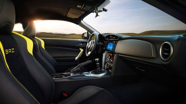 Subaru BRZ Series.Yellow 2017 - interior