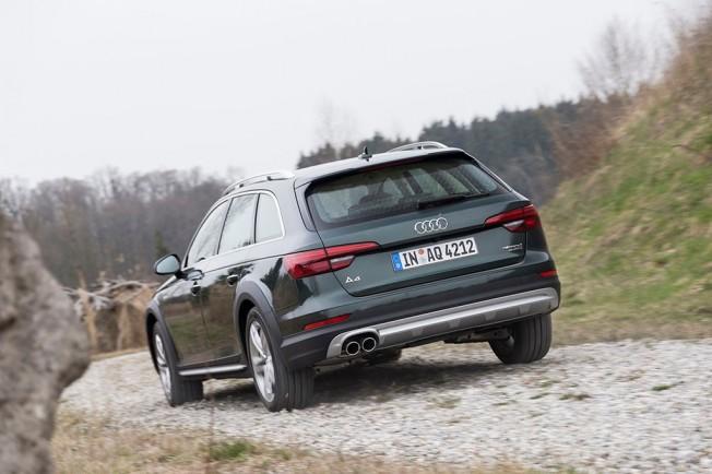 Audi A4 Allroad quattro 2.0 TDI - posterior