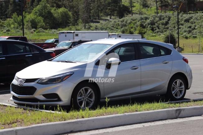 Chevrolet Cruze LT 2017 Hatchback - foto espía
