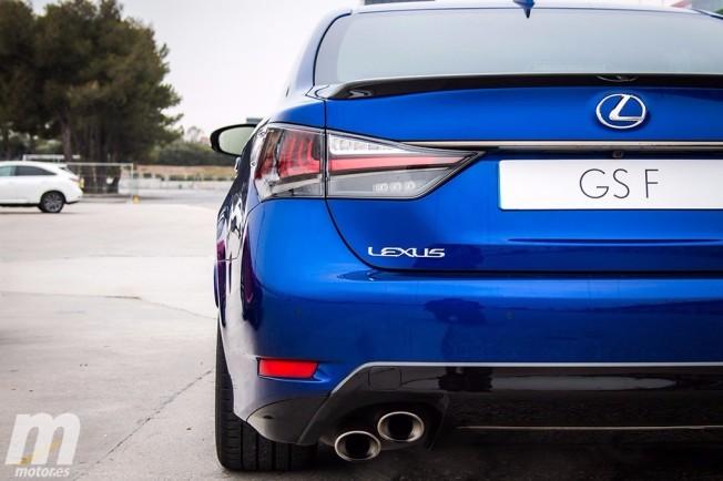 Lexus GS F - posterior