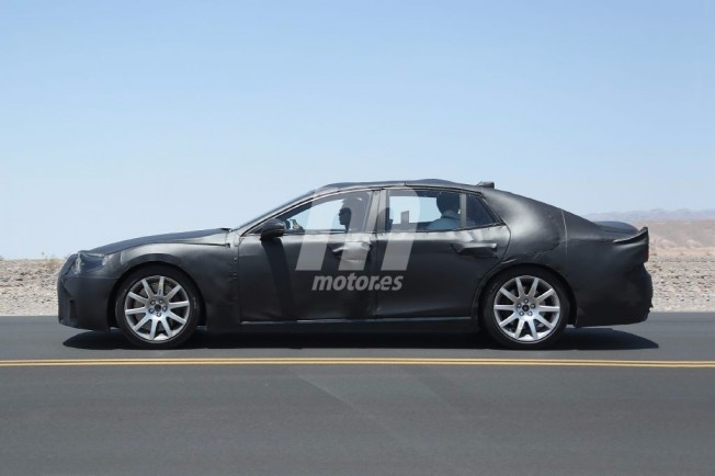 Lexus LS 2017 - foto espía