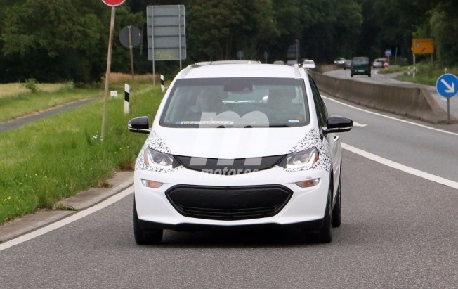 Opel Ampera-e - foto espía