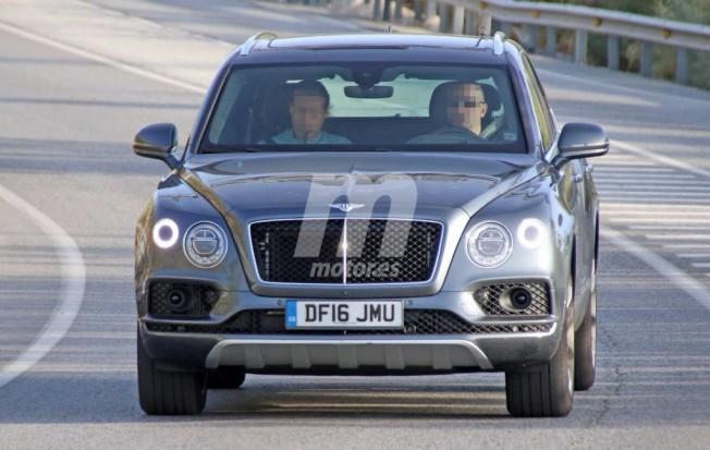 Bentley Bentayga Diesel - foto espía