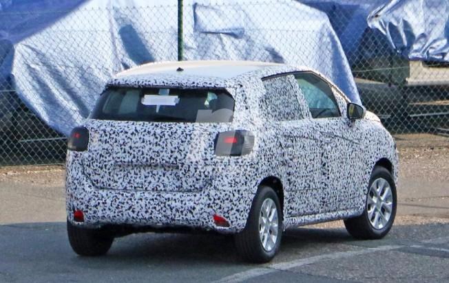 Citroën C3 Picasso 2017 - foto espía posterior