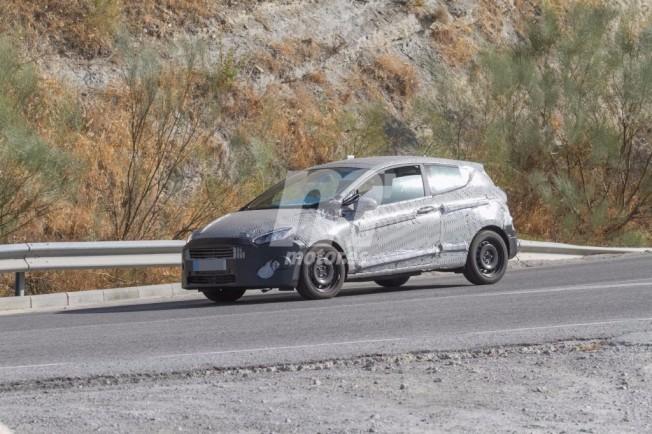 Ford Fiesta 2017 - foto espía