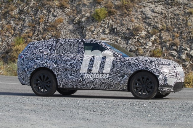 Range Rover Sport Coupé 2018 - foto espía lateral