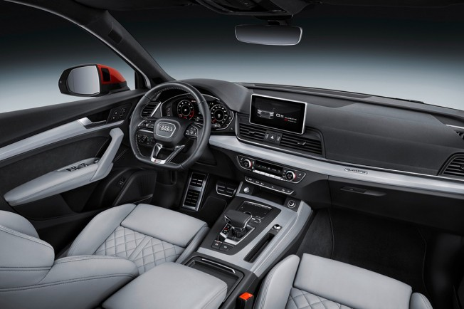Audi Q5 2017 - interior