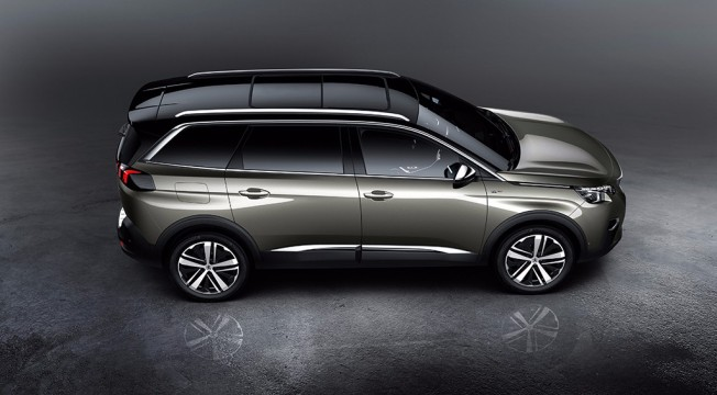 Peugeot 5008 2017 - lateral