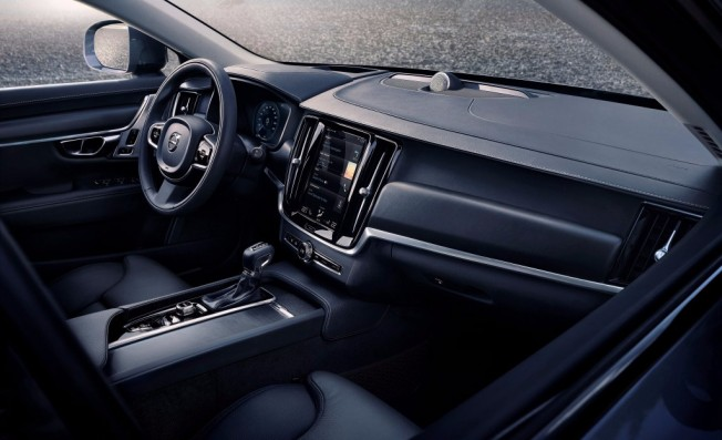 Volvo V90 Cross Country - interior