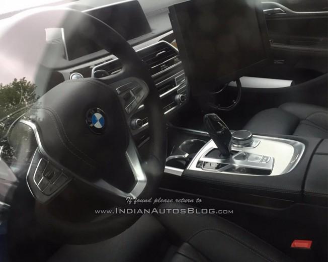 BMW Serie 5 2017 - foto espía interior