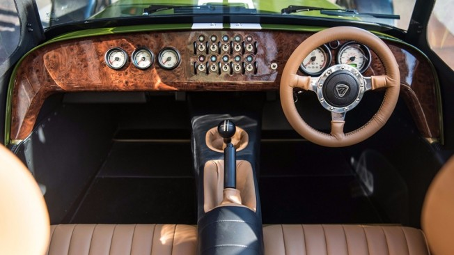 Caterham Seven Harrods Edition - interior