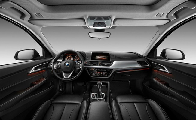 BMW Serie 1 Sedán - interior