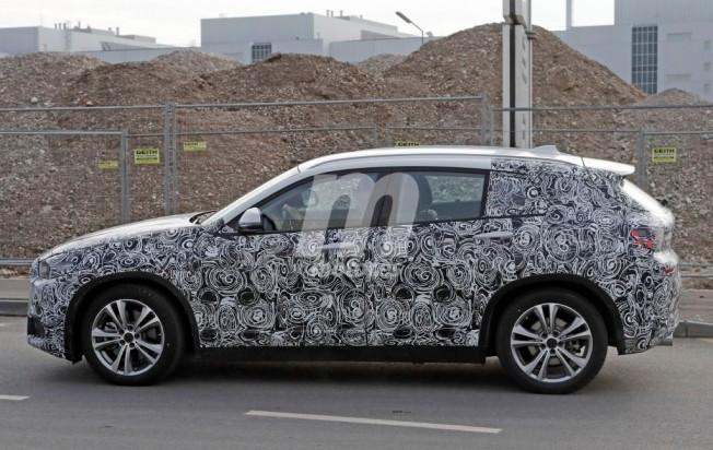 BMW X2 2017 - foto espía lateral