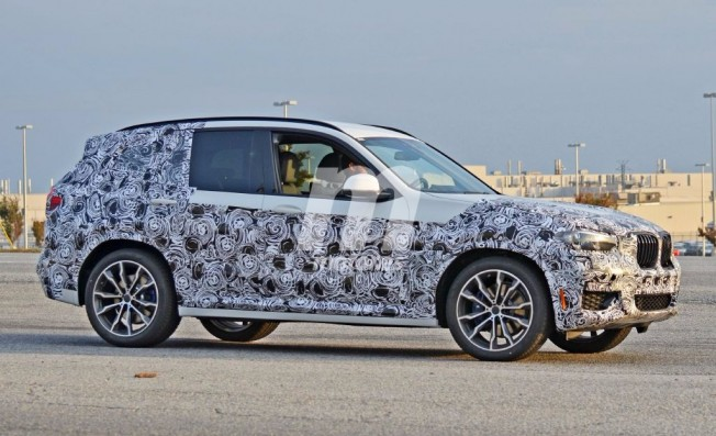 BMW X3 2017 - foto espía lateral