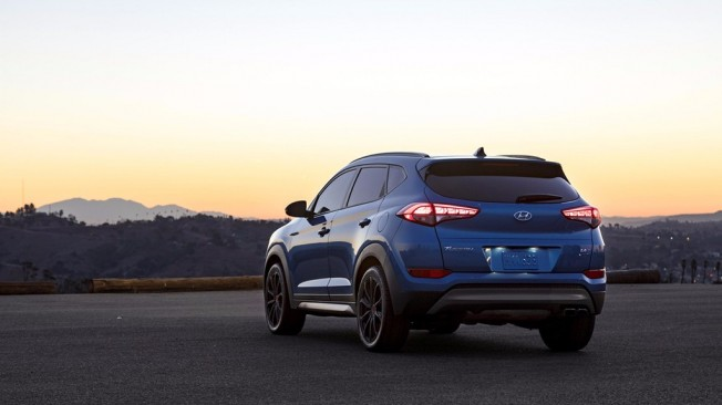 Hyundai Tucson Night Edition - posterior