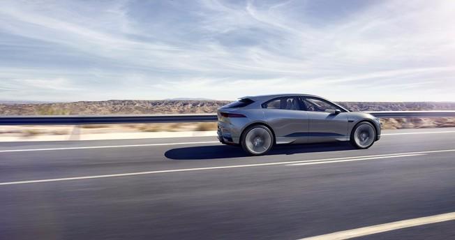 Jaguar I-Pace Concept - lateral