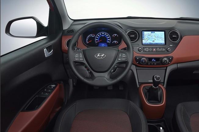 Hyundai i10 2017 - interior