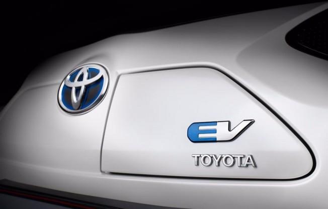 Toyota y las baterías para vehículos eléctricos