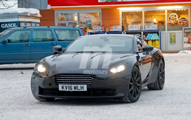Aston Martin Vantage 2018 - foto espía frontal