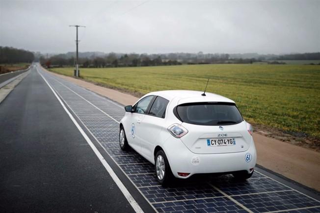 Carretera solar Wattway en Francia