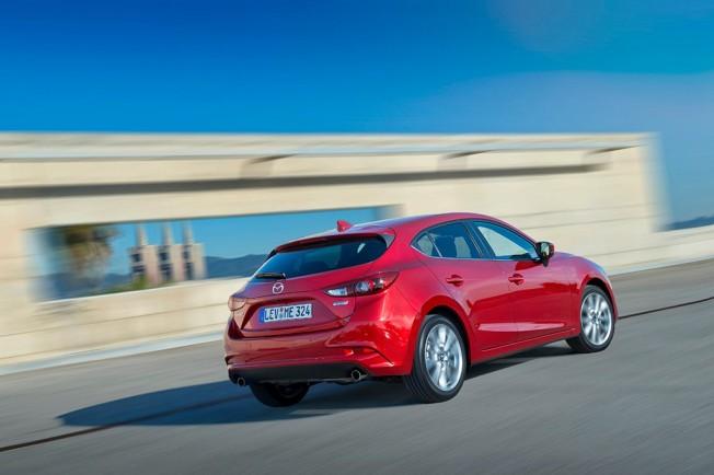 Mazda3 2017 - posterior