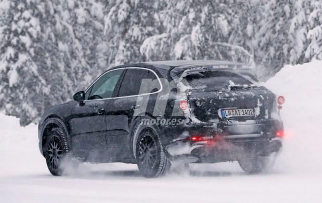 Porsche Cayenne 2018 - foto espía posterior