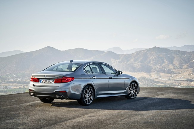 BMW Serie 5 2017 - posterior