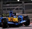 Alonso deja tiempos competitivos a lomos del Renault R25 en la noche de Abu Dhabi