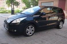 Peugeot 5008 1.6i 156CV GPS TECHO