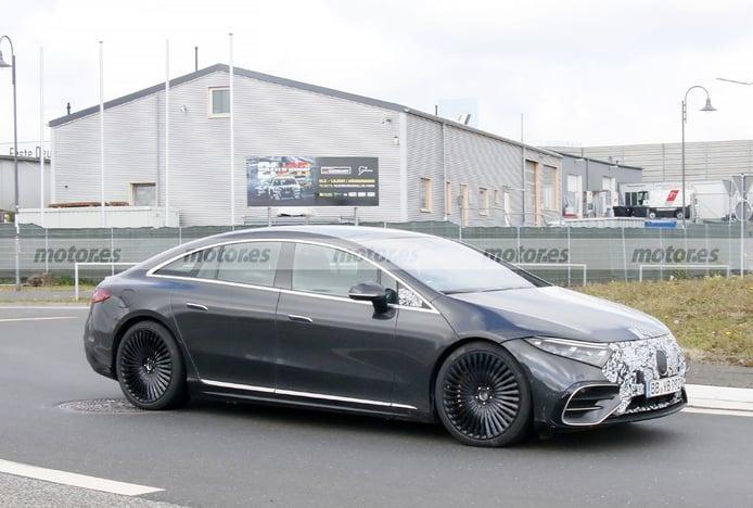 Foto espía Mercedes-AMG EQS 2022 - exterior