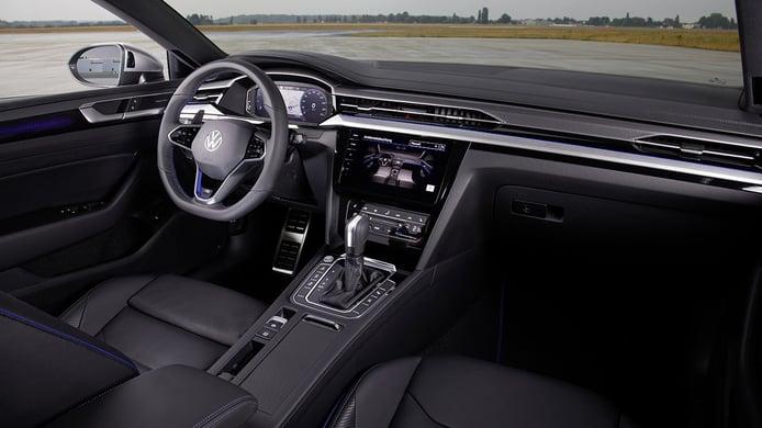 Volkswagen Arteon Shooting Brake R - interior
